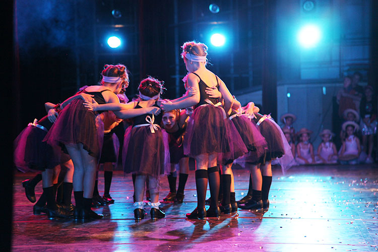 Encontro de Alunos 2013 - Equipe Petite Danse