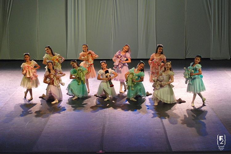 9° Festival Internacional de Dança de Cabo Frio 2013 - Equipe Petite Danse