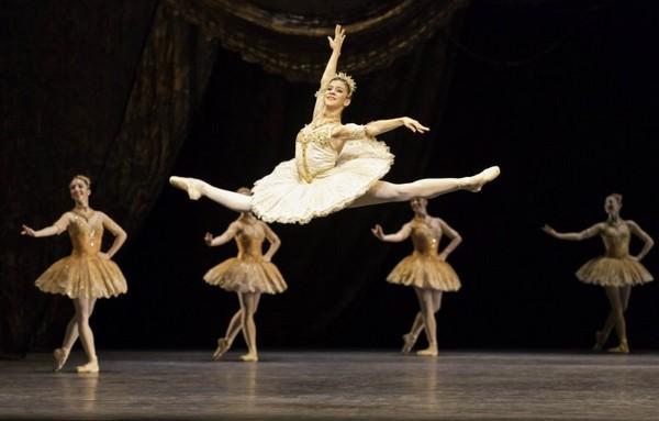 Resultado de imagem para mayara magri ballet