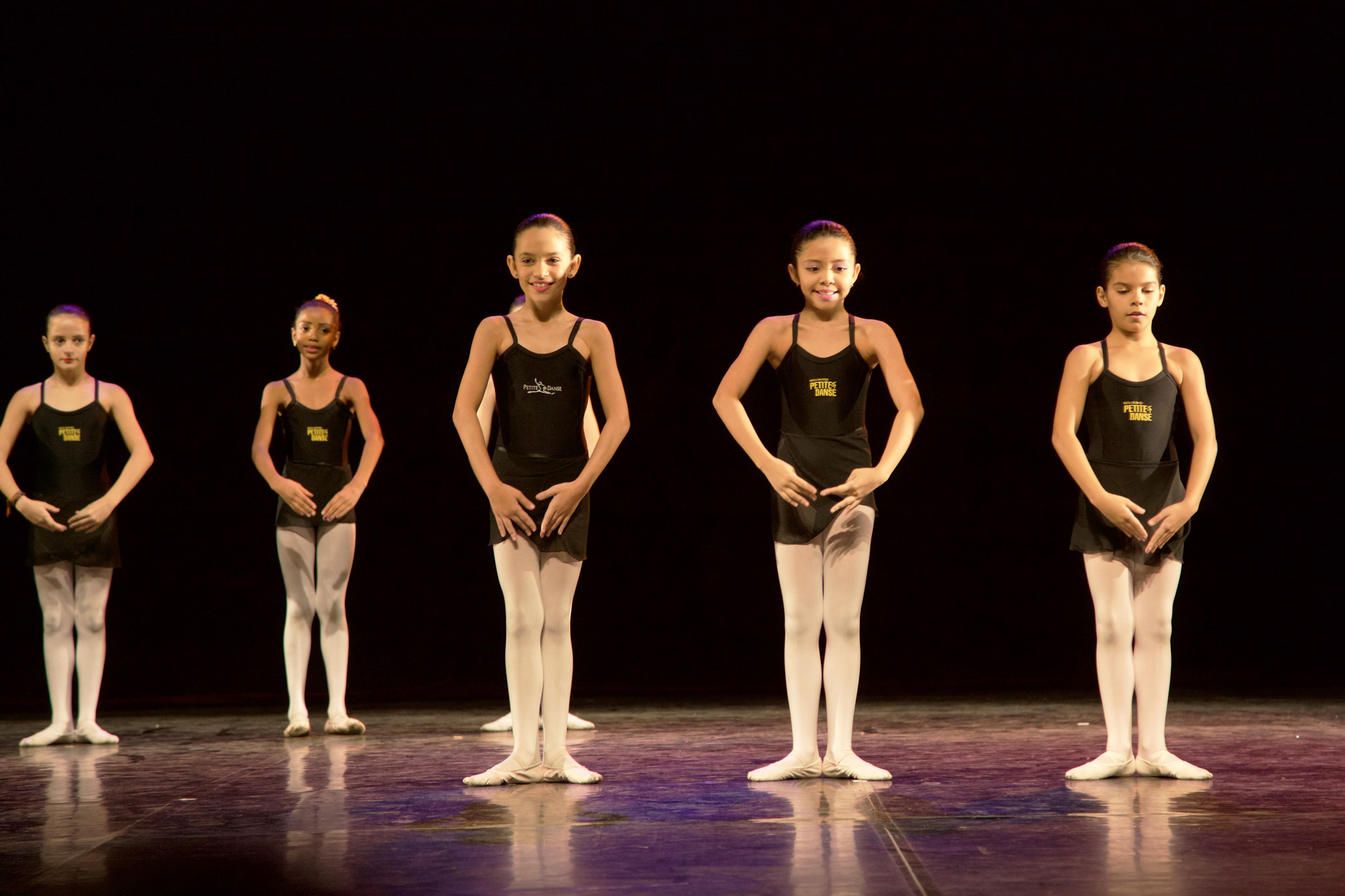 encontro-de-alunos-petite-danse-2016-15
