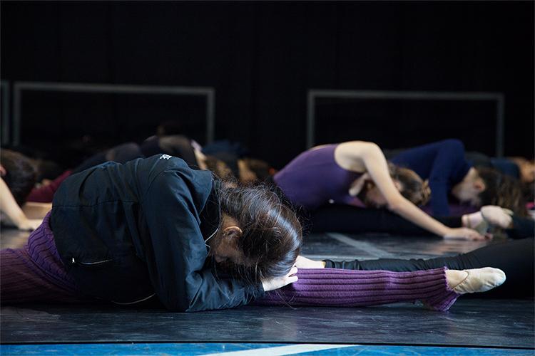 Modalidade - Alongamento   Escola de Dança Petite Danse