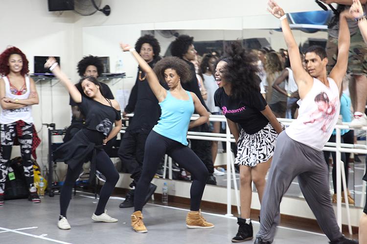 Workshop com Mrs Carters Dancers Grupo de Bailarinos da Beyoncé | Escola de Dança Petite Danse
