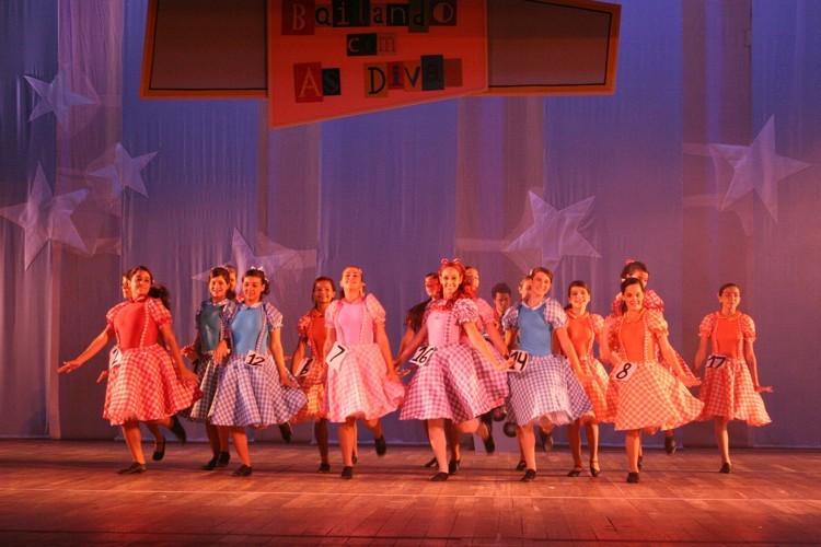 Bailando com as Divas   Escola de Dança Petite Danse