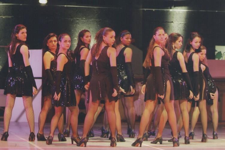 Luz, Música e Ação | Escola de Dança Petite Danse