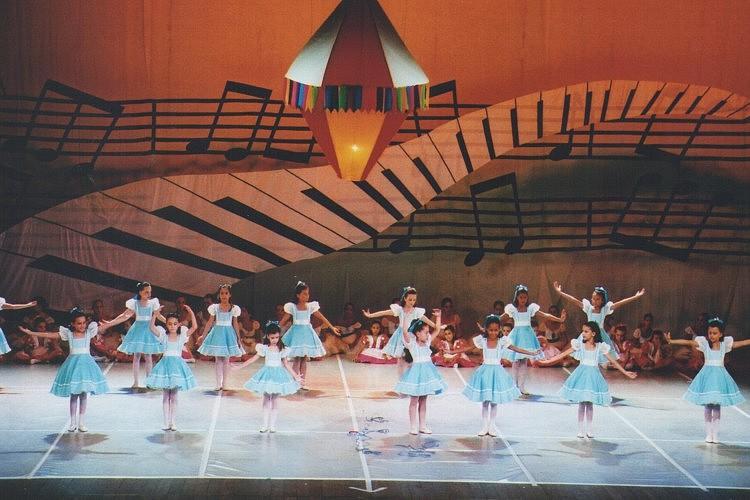 O Índio de Casaca | Escola de Dança Petite Danse