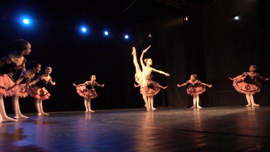 Petite Danse no 26 Concurso Nacional de Dança de Petrópolis