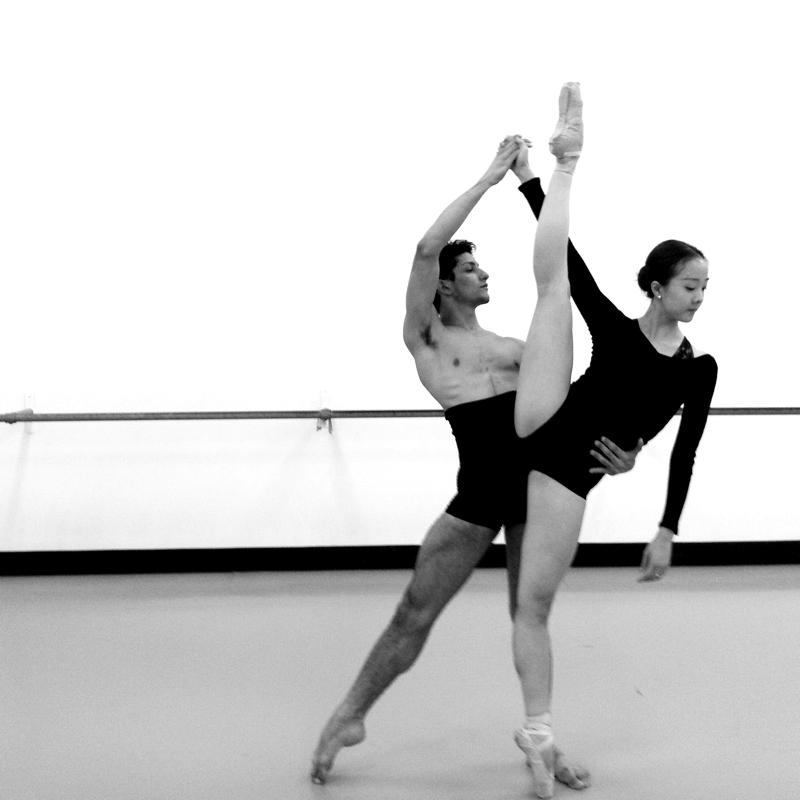Ex aluno da Petite é primeiro bailarino no Ballet do Arizona